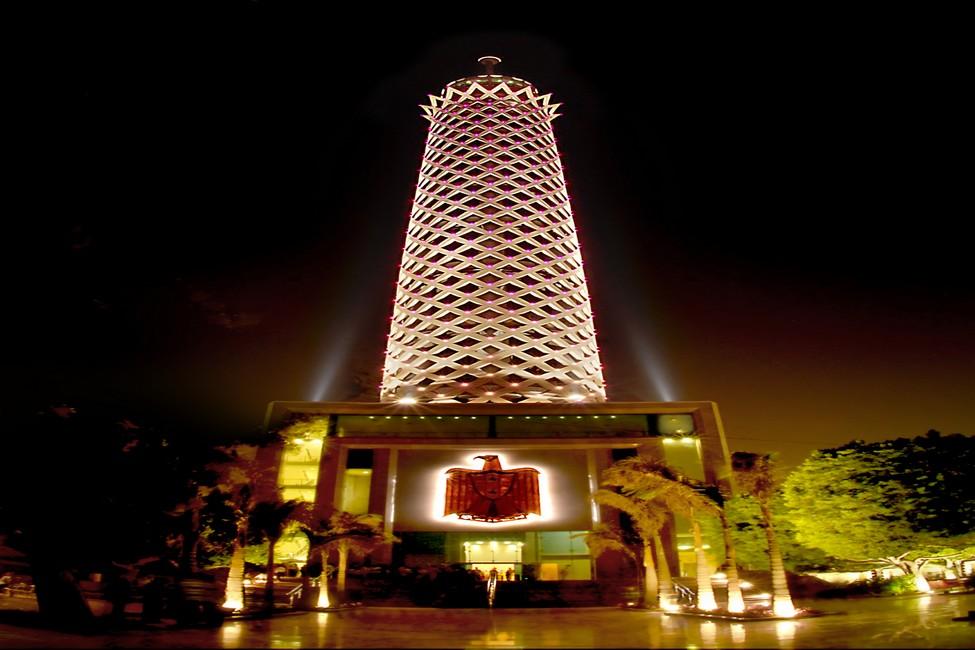 ترميم و اصلاح برج القاهرة