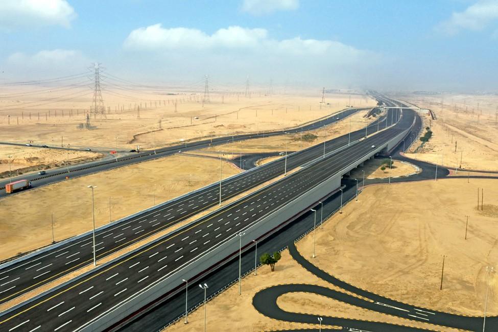 تصميم وإنشاء وصيانة تقاطعات وجسور على طريق النويصيب