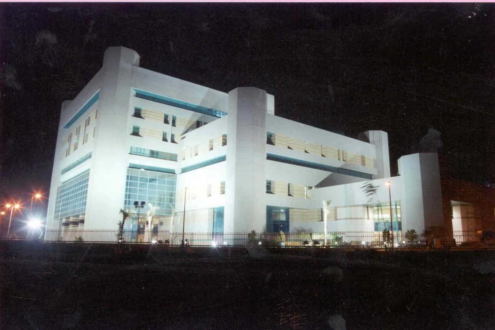 مستشفى الشيخ زايد